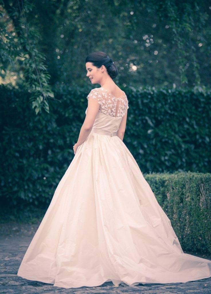 Paris wedding dress, bridal shop Metal Flaque wedding dresses France