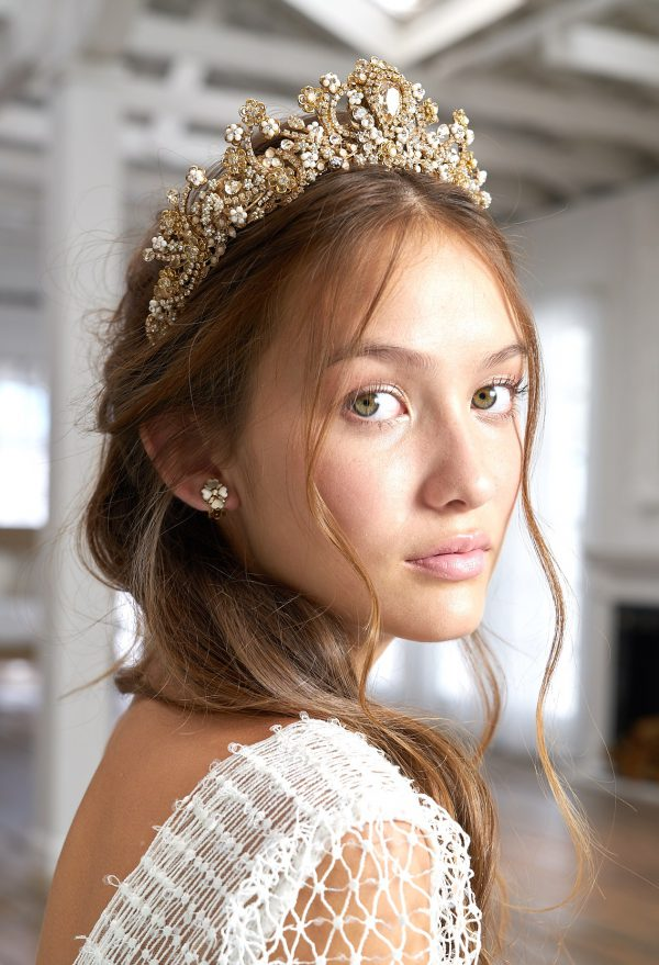 accessoire-mariee-couronne-diademe-cristaux-swarovski-perles