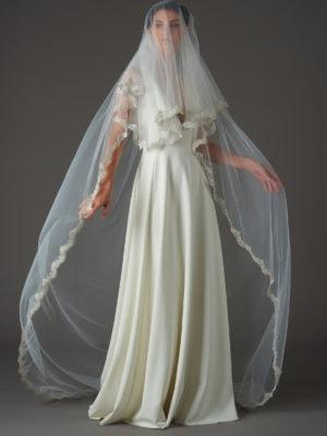 accessoire-mariee-voile-avec-rabat-dentelle-sequins