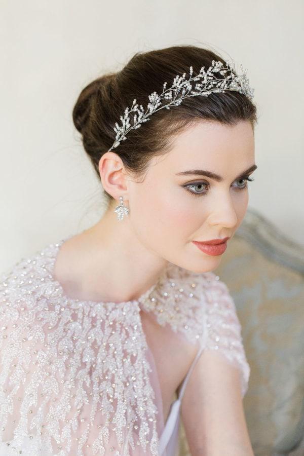 accessoire-cheveux-mariee-couronne-argent-perles