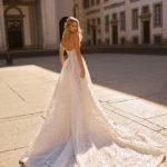 designer-wedding-dress-berta-20-03-dos