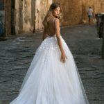 robe-de-mariee-createur-berta-20-109-et-traine-dos